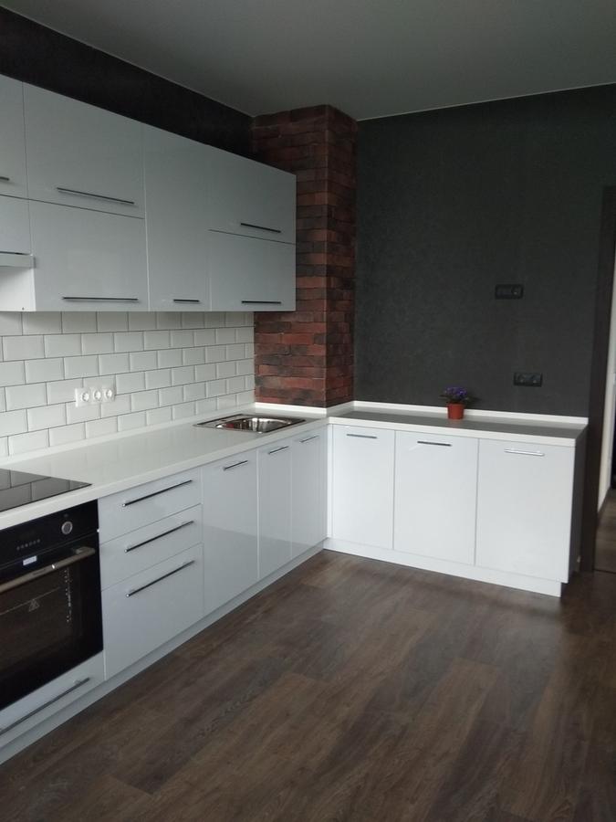 Белый кухонный гарнитур-Кухня из пластика «Модель 461»-фото1