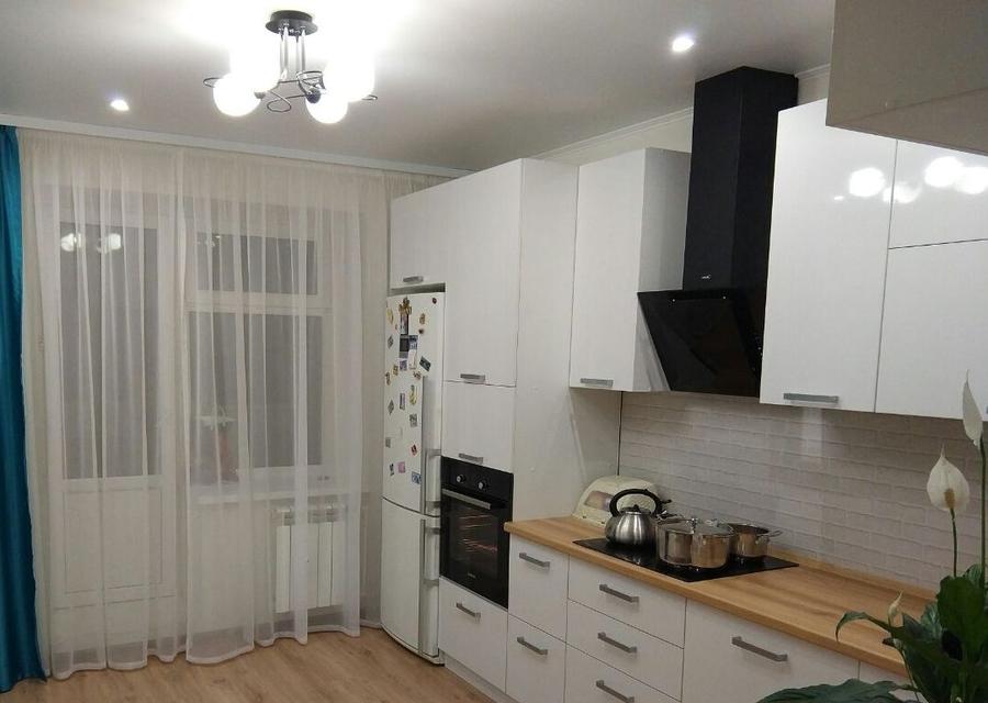 Белый кухонный гарнитур-Кухня из пластика «Модель 376»-фото1