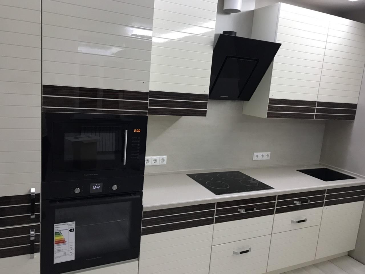 Белый кухонный гарнитур-Кухня из шпона «Модель 524»-фото4